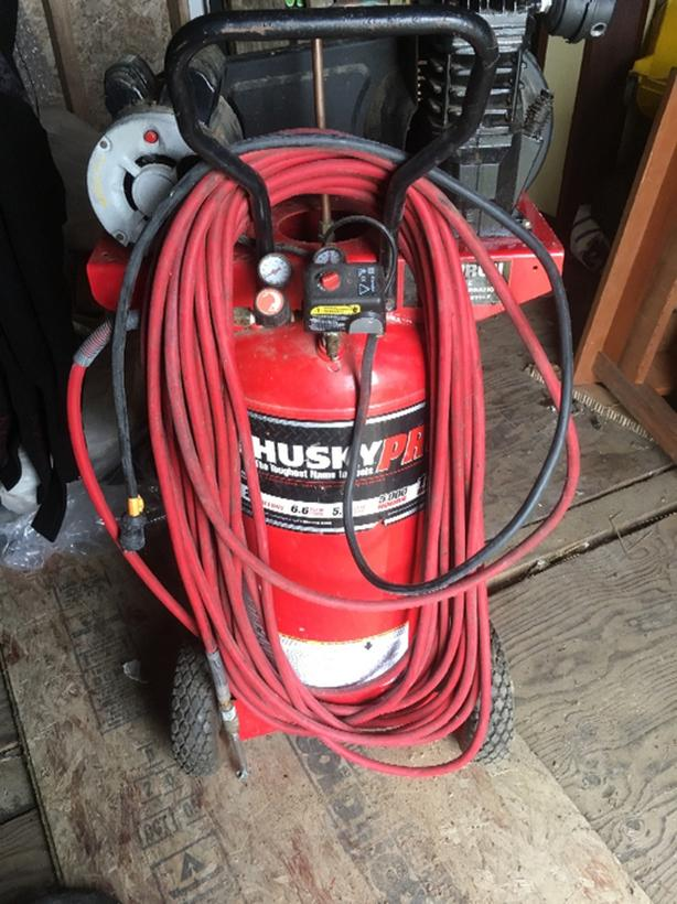 Air Compressor Husky 26gal 5hp