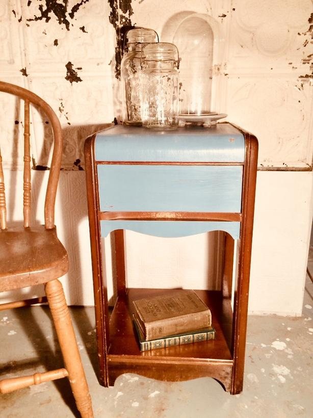 Excellent 1930S 40S Deco Waterfall Side Table Esquimalt View Royal Download Free Architecture Designs Lukepmadebymaigaardcom
