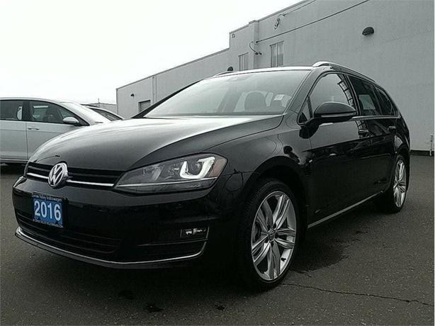2016 Volkswagen Golf Sportwagon 1.8T Highline w/Light/Sound/Tech and 1900 KMS !
