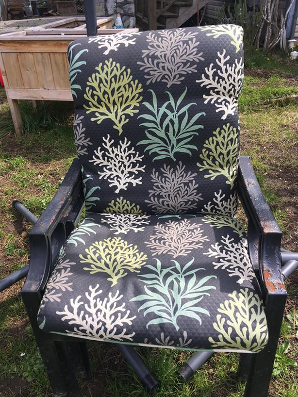 Outdoor Wrought Iron Chairs North Saanich Sidney Victoria