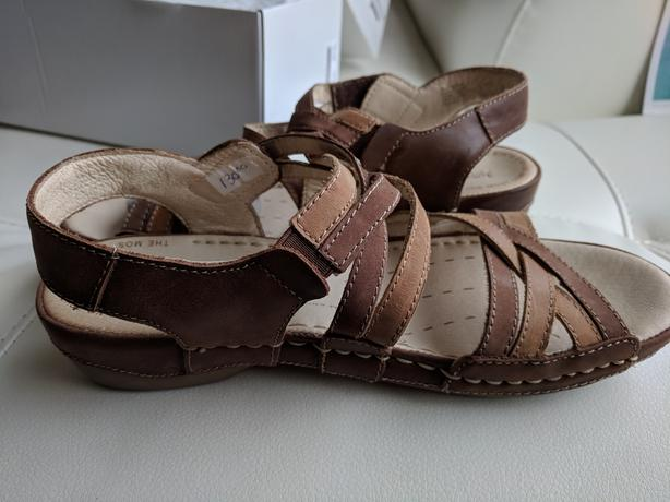 "Brown Sandals ""Josef Seibel""  size 7.5"