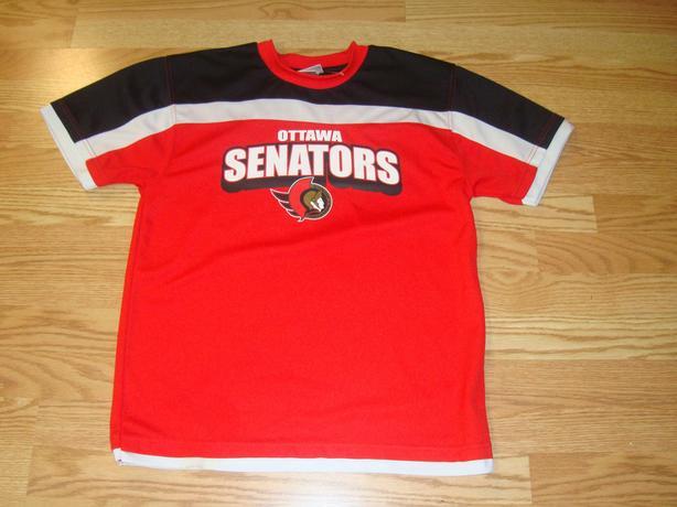 Ottawa Senators Jersey Size 14-16 Youth - $24