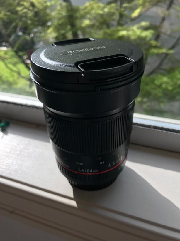 rokinon 24mm F/1.4 wide angle lens for canon