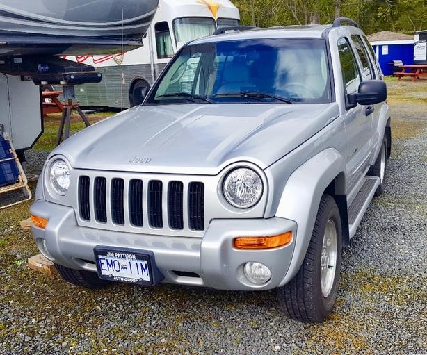2002 Jeep Liberty Limited Edition 4x4 Is PERFECT Dinghy Tower.