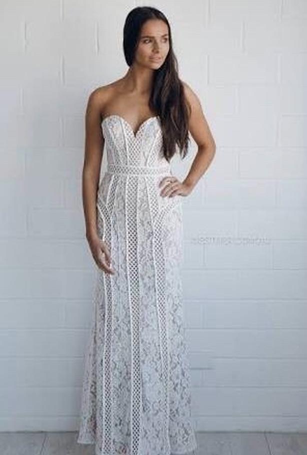 BARIANO wedding dress - street size 8 Victoria City, Victoria