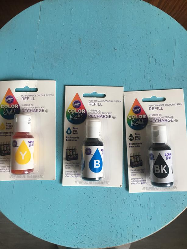 Log In Needed 6 Three 19ml Bottles Of Wilton Color Right Food Colouring