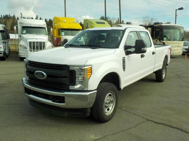 2017 Ford F-350 SD XL Crew Cab Long Box 4WD
