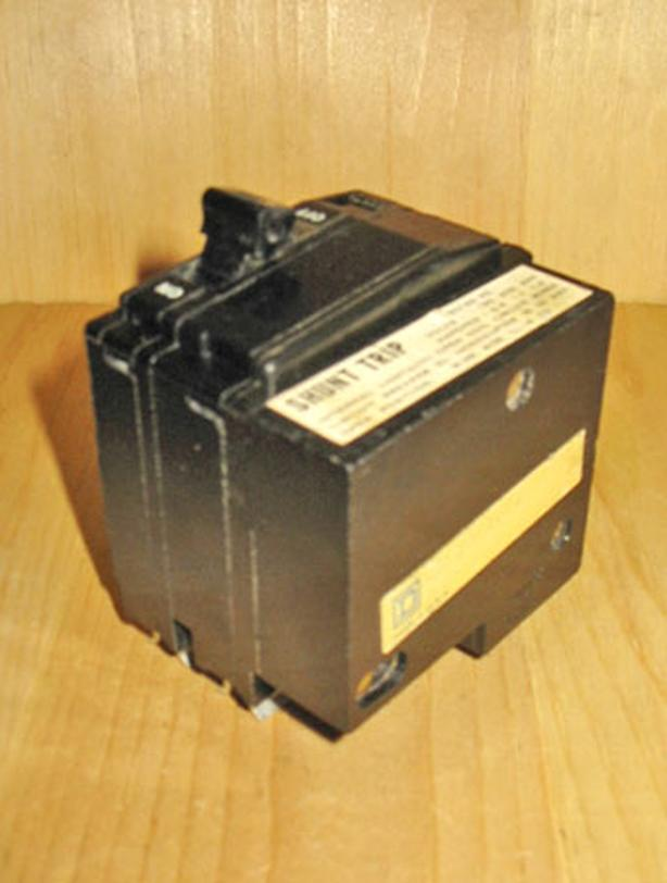 SQUARE D QO 30 Amp, 2 Pole, 240 Vac Shunt Trip Circuit Breaker ~ Rare!