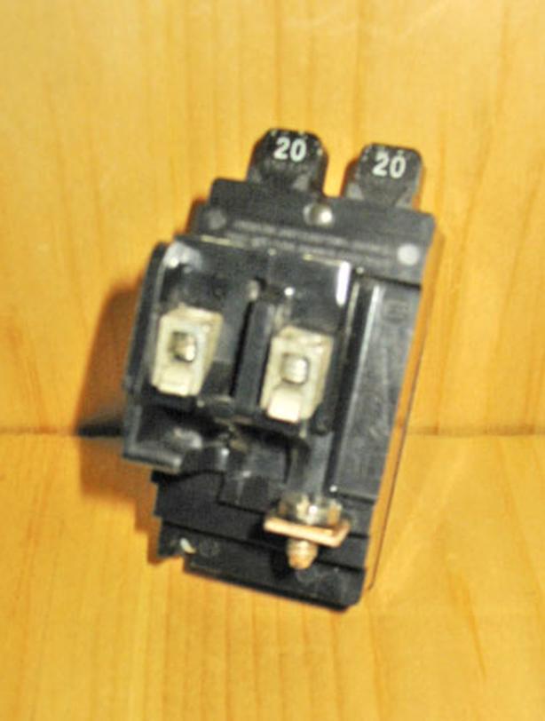 ITE Bulldog Pushmatic 20 Amp Twin Circuit Breaker (Space Saver) ~ Rare!