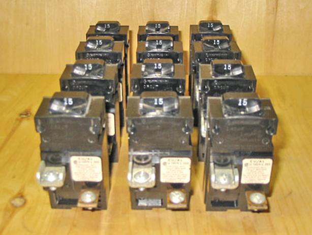 ITE Bulldog Pushmatic Circuit Breakers (Mixed Lot) ~ Rare!