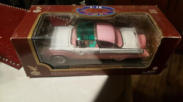 2 -1955 Pink  and Green Ford Fairline 1955l 1:18 by Road Legends