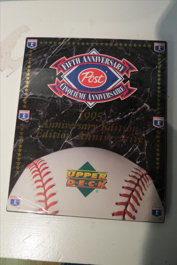1995 Upper Deck Baseball Card Collection, New Condition.
