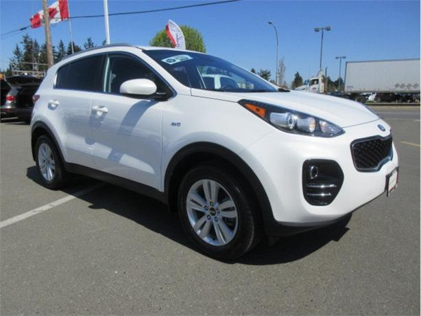 2018 Kia Sportage LX AWD Low Kilometers Warranty