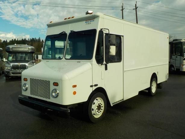 2006 Workhorse W42 Cargo Step Van Dually Diesel