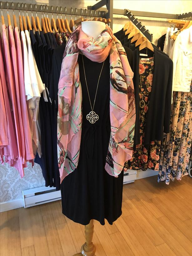 Womens Boutique Clothing Salesperson Oak Bay, Victoria