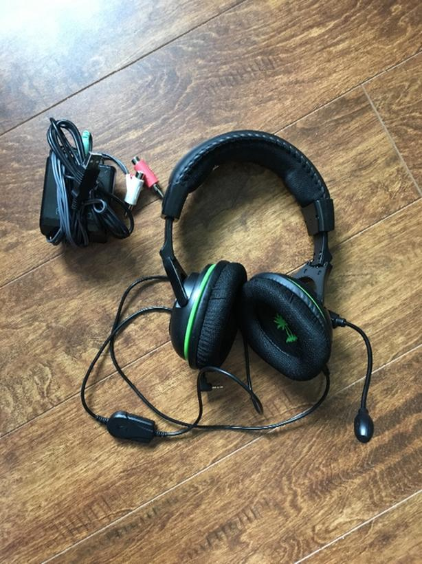  Log In needed $40 · Xbox Turtle Beach Wireless Headset - X32
