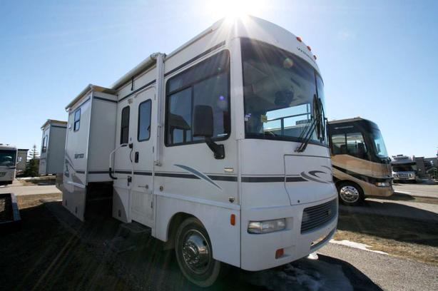 2006 Winnebago Sightseer 34A - 1819X