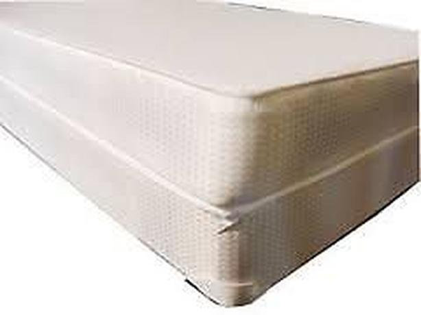 BRAND NEW SEALED SMOOTH TOP MATTRESSES ON SALE NOW