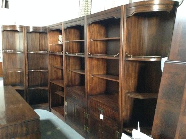 6 pcs bookshelf in great condition
