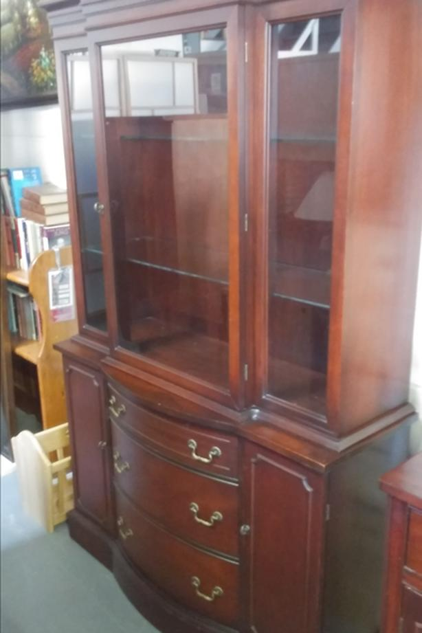 vintage hutch in great condition
