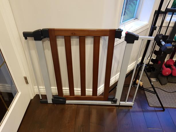 Log In Needed 50 Baby Gate Munchkin Real Wood With Extensions