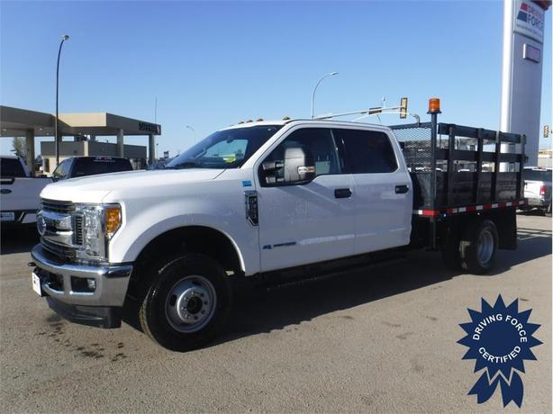 2017 Ford F-350 Super Duty DRW XLT