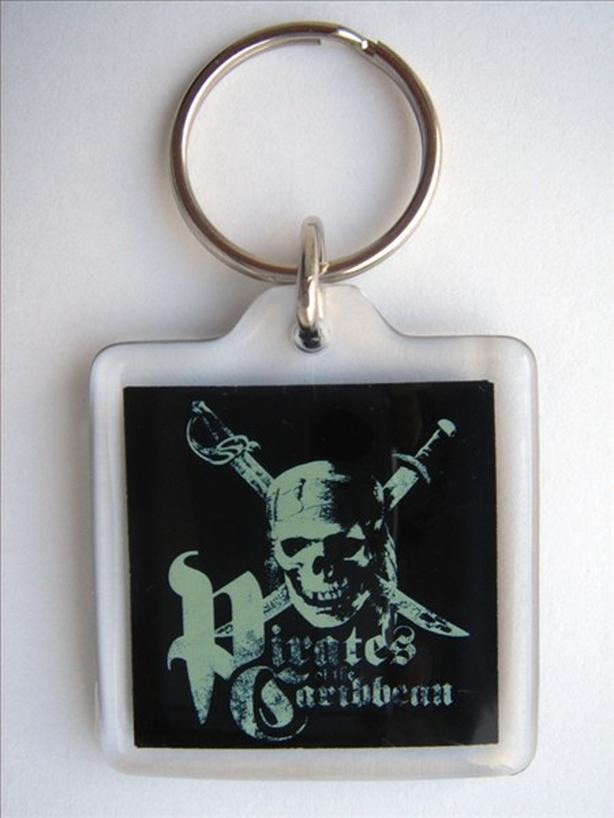 Disney Pirates of the Caribbean Keyring / Keychain / Key Ring