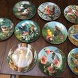 Various collectible plate sets