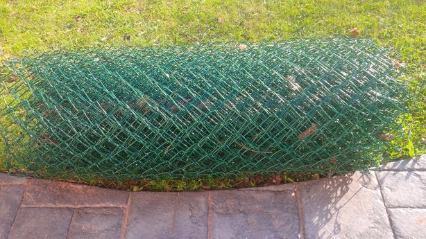 Chain Link Fence, 4 feet high, 50 feet long