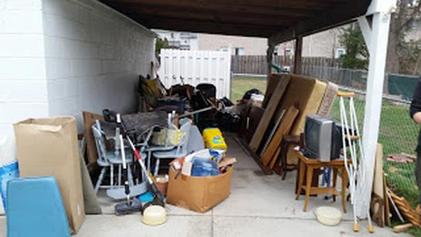 Chuck It Junk Removal - Estate Cleanout Cleaning Services
