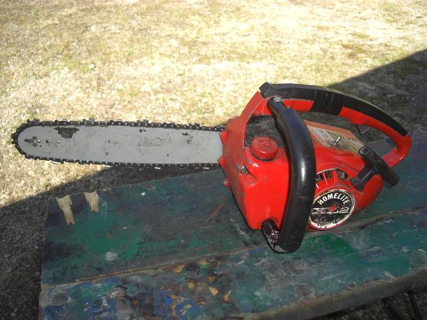 Homelite XL2 Chainsaw