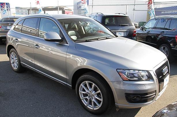2010 Audi Q5 Quattro 3.2L Premium