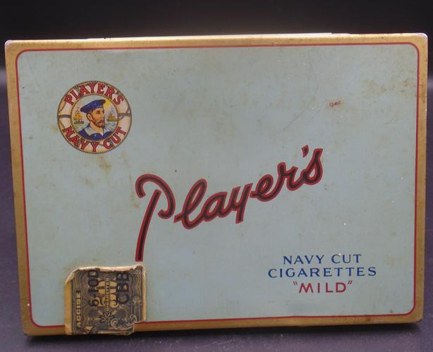 VINTAGE 1940's PLAYER'S NAVY CUT CIGARETTES TOBACCO TIN