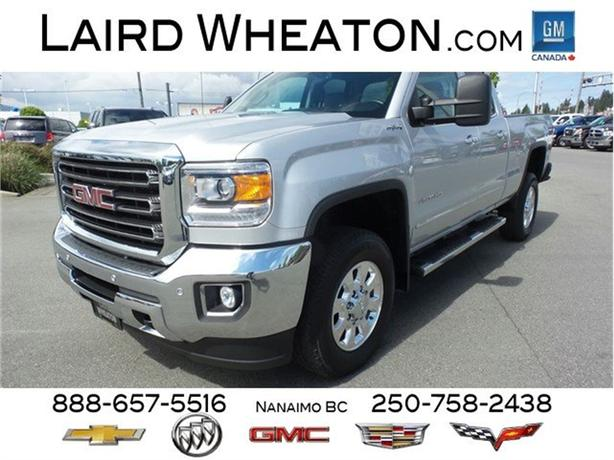 2015 GMC Sierra 2500HD SLT 4x4 Turbo Diesel, Side Steps