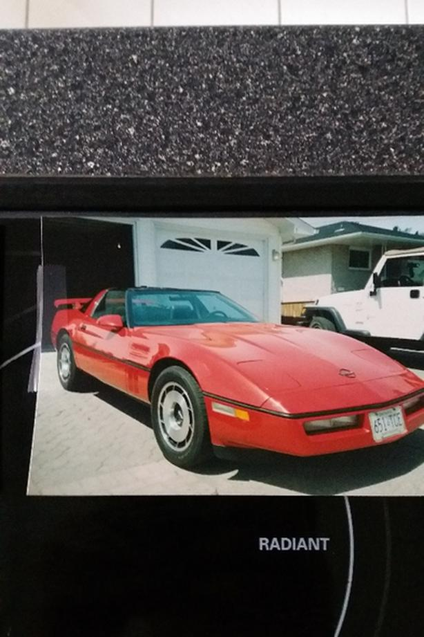Red Corvette Auction Sb 7000 Sault Ste Marie Sault Ste Marie