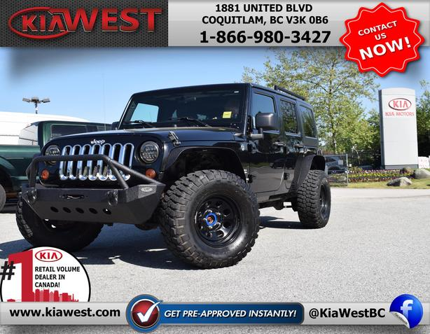 2011 Jeep Wrangler Unlimited Sahara V6 4WD