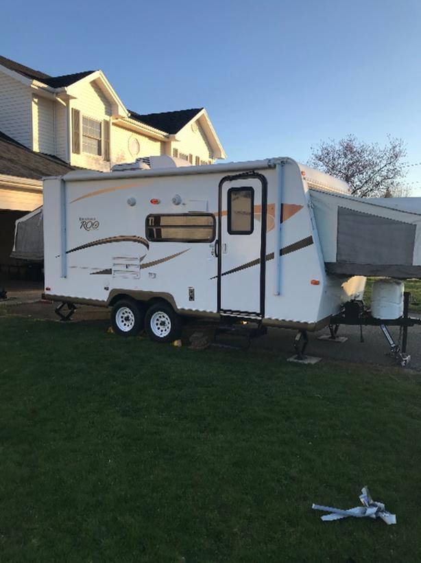 2012 Rockwood Roo Hybrid camper