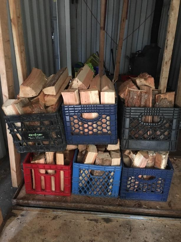 kiln dried firewood. bins for camping. larger loads. free delivery.