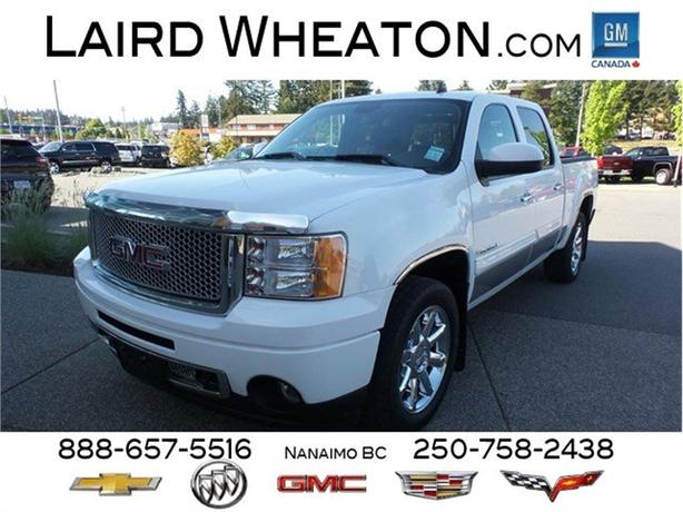2008 GMC Sierra 1500 Denali 4x4 Back-Up Camera, Chrome