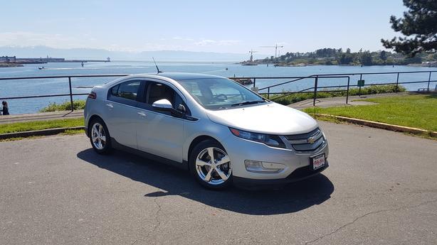 ** 2011 Chevrolet Volt * ELECTRIC / HYBRID Plug in *