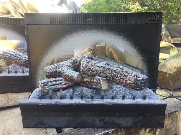 110V Fireplace insert heater light source