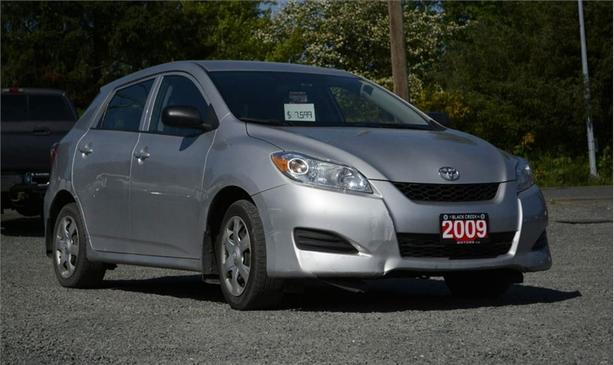 2009 Toyota Matrix Base