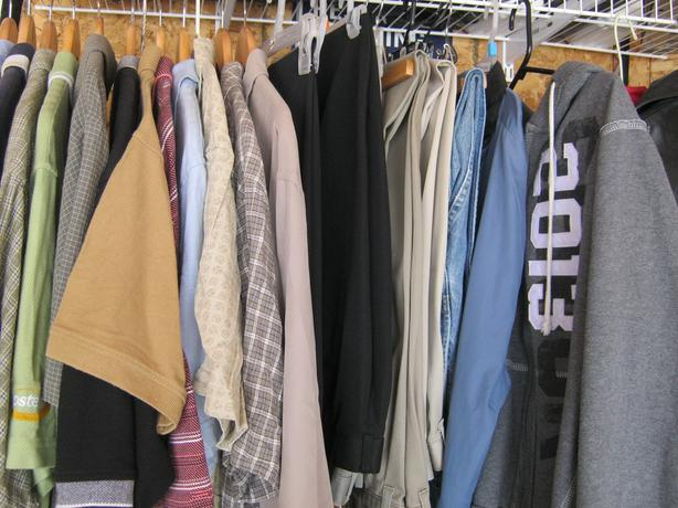 Men's dress and golf shirts, pants, t-shirts and jackets Size L