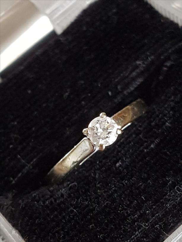 Diamond Engagement Ring, size 7