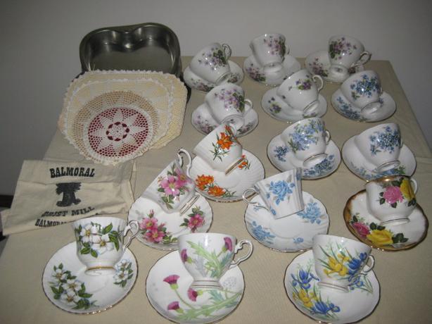 Pyrex, monarchy memorabilia, cups and saucers