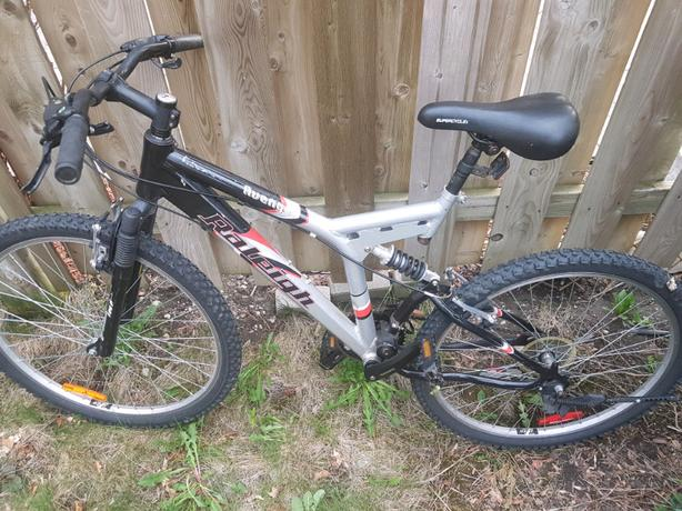 Raleigh Avenger 21 speed mountain bike
