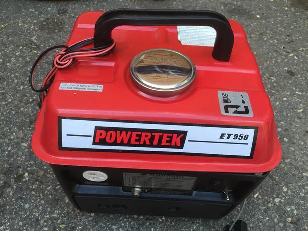 """generator """"Powertek"""" ET950, `outlet 110 & 12V"""