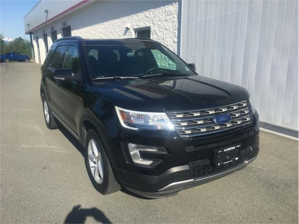 2017 Ford Explorer XLT  4x4 - Leather Power Seats
