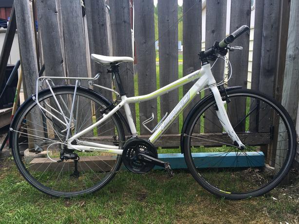 Norco VFR Commuter Bike