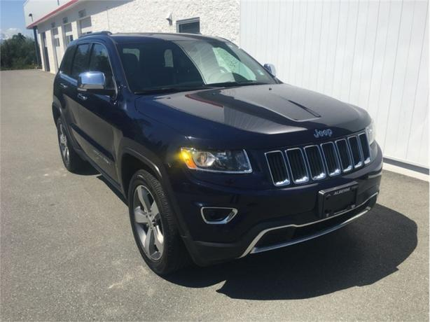 2016 Jeep Grand Cherokee Limited  Power Liftgate